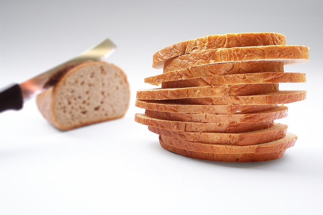 how many slices of bread in a loaf